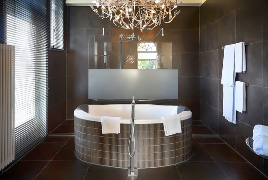 Most Recent Modern Bathroom Chandeliers Within Awesome Modern Bathroom Chandeliers With Modern Bathroom Chandeliers (View 8 of 10)