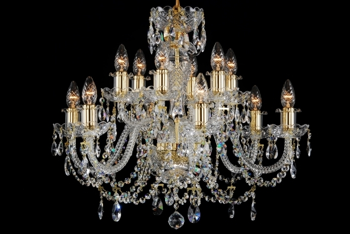 Most Up To Date Georgian Chandeliers Within 12 Light Classic Georgian Style Chandelier In Brass With Gold Candle (View 8 of 10)