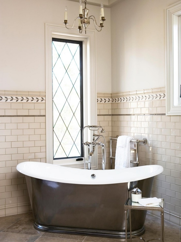 Pendant Lights Within Well Liked Bathroom Lighting With Matching Chandeliers (View 9 of 10)