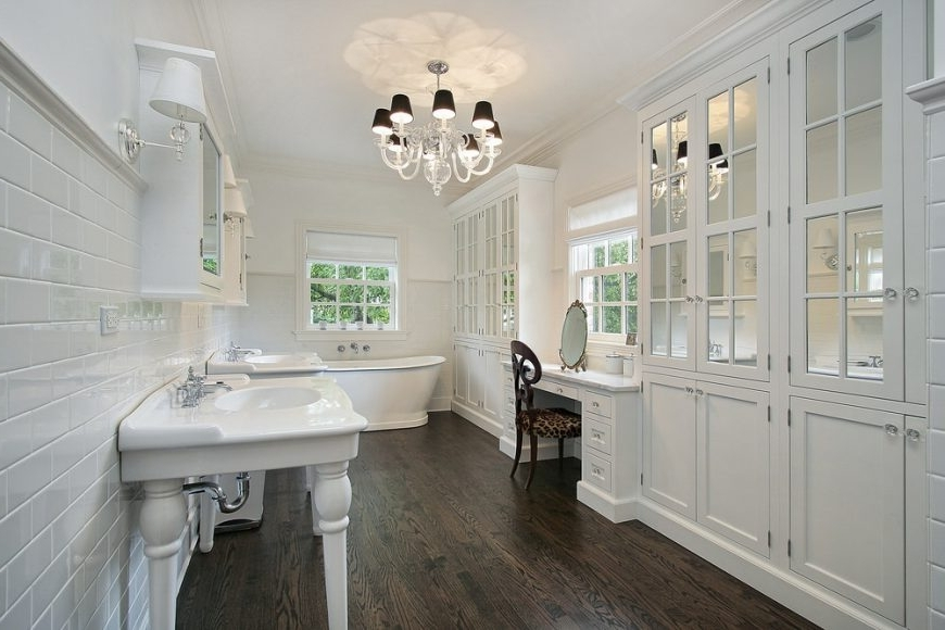 Recent 50 Master Bathrooms With Chandelier Lighting (Photos) With Regard To Chandelier In The Bathroom (View 9 of 10)