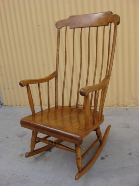 Antique Rocking Chairs – New Interior Exterior Design Worldlpg Within Widely Used Antique Rocking Chairs (View 3 of 20)