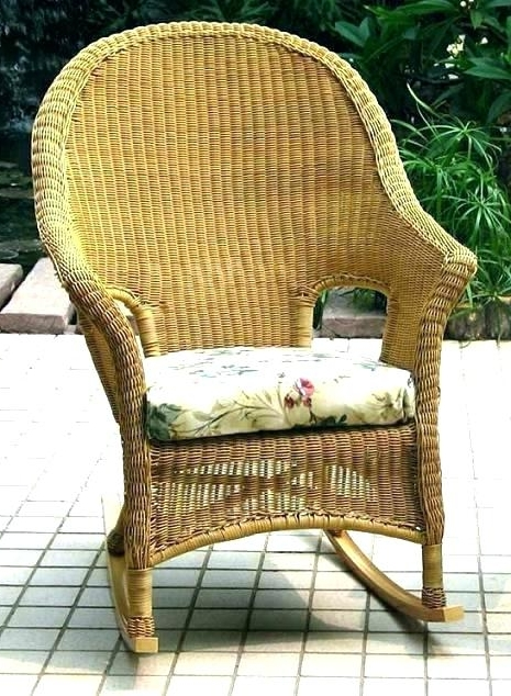 Charming Wicker Rocking Chair Indoor F20X In Stylish Inspiration To In Most Current Indoor Wicker Rocking Chairs (View 2 of 20)