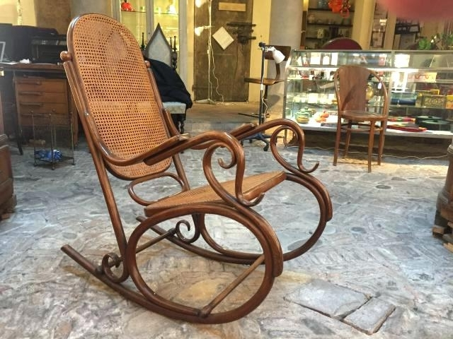 Current Antique Rocking Chairs Throughout Antique Rocking Chairs Uk – Re Blog (View 10 of 20)