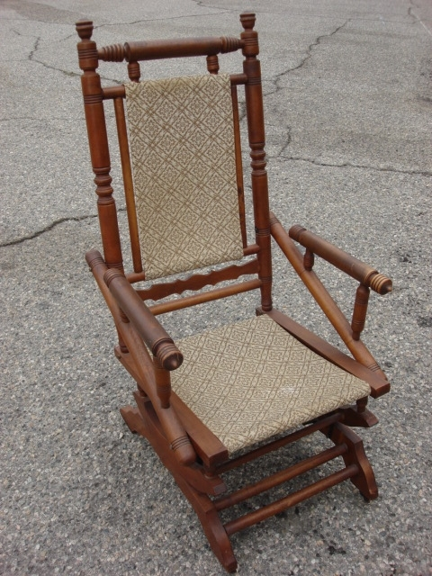 Latest Pictures Of Antique Rocking Chairs Intended For Antique Rocking Chairs (View 12 of 20)