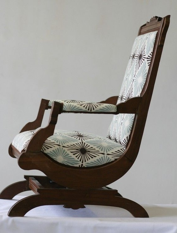 Preferred Rocking Chairs With Springs In Catchy Antique Rocking Chair Value And Best 20 Old Rocking Chairs (View 14 of 20)