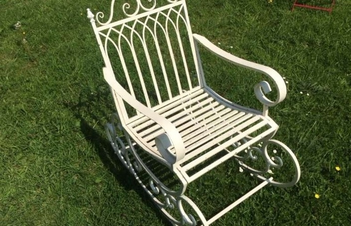 Rocking Chairs For Garden Inside Best And Newest Ornamental Garden Furniture Scrolled Metal Rocking Chair Sculptures (View 15 of 20)