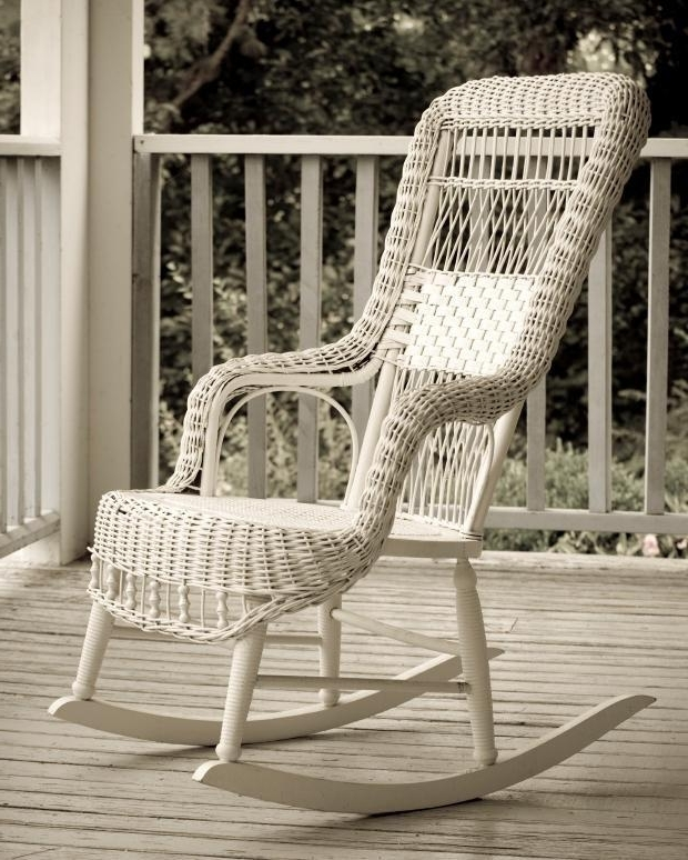 Vintage Wicker Rocking Chairs Throughout Most Popular Identifying Old Rocking Chairs (View 3 of 20)