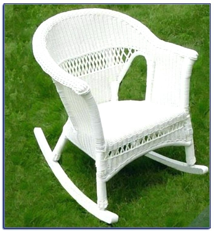 Well Known White Wicker Rockers – Elost Within White Wicker Rocking Chair For Nursery (View 12 of 20)