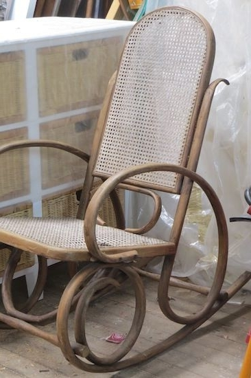 Widely Used Antique Wicker Rocking Chairs With Springs Pertaining To Bentwood Rocker (View 20 of 20)