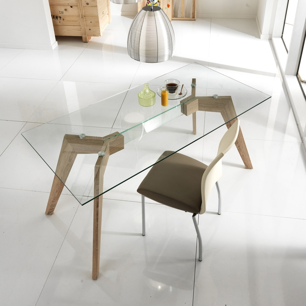 Best And Newest Glass And Mdf Dining Table Amos, Modern Design With Amos Side Chairs (View 6 of 20)