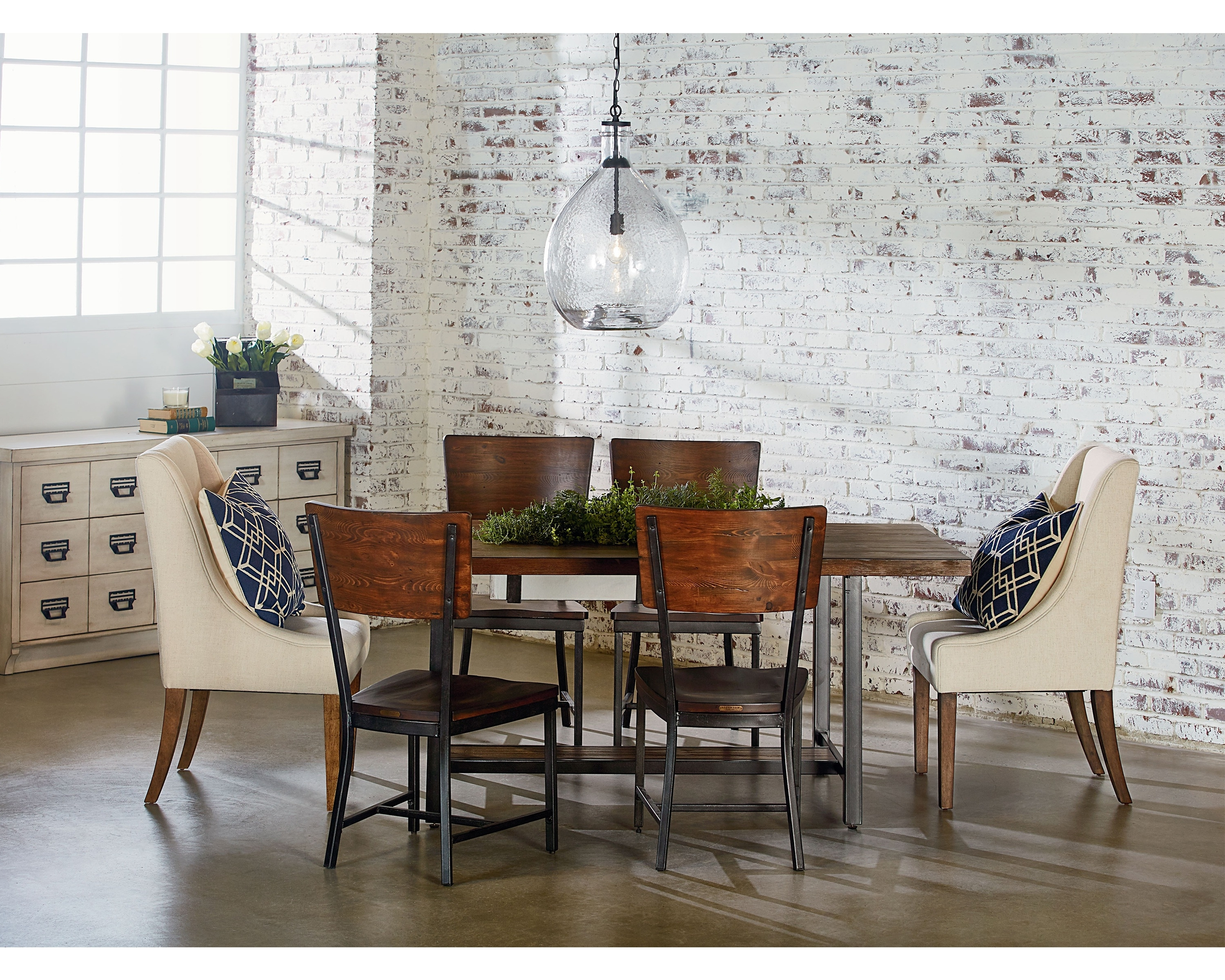 Magnolia Home Contour Milk Crate Side Chairs Intended For 2017 Contour Side Chair – Magnolia Home (View 2 of 20)
