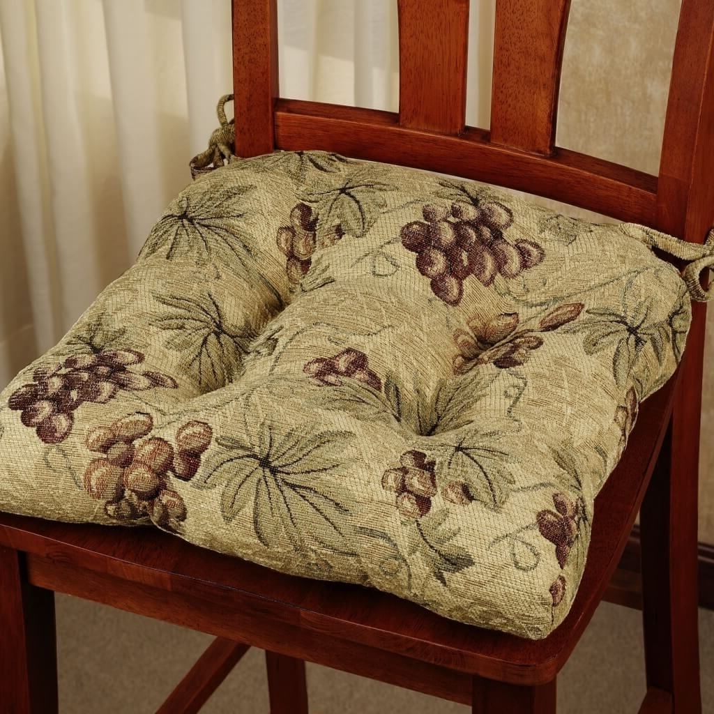 Most Recently Released Kitchen: Pinot Grigio Kitchen Chair Cushion With Grape Design Throughout Pinot Side Chairs (View 8 of 20)