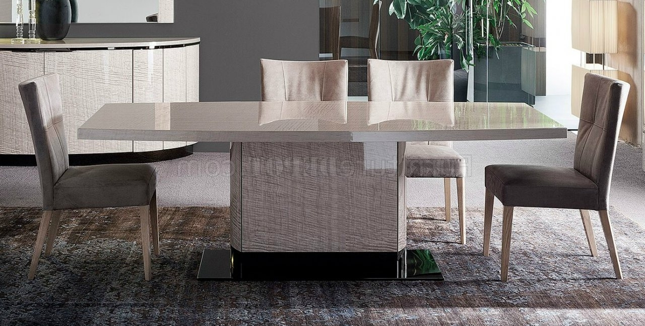Perla Side Chairs Pertaining To Well Liked Dune Perla Dining Table W/wooden Base In Frise Perlarossetto (View 15 of 20)