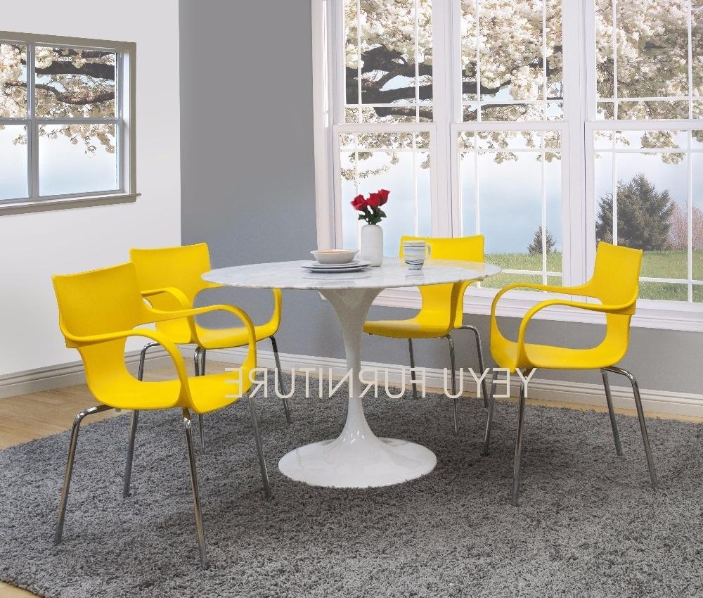 Popular Dom Side Chairs In Nowoczesny Dom Minimalistyczny Nowoczesny Design Jadalnia Side Chair (View 17 of 20)