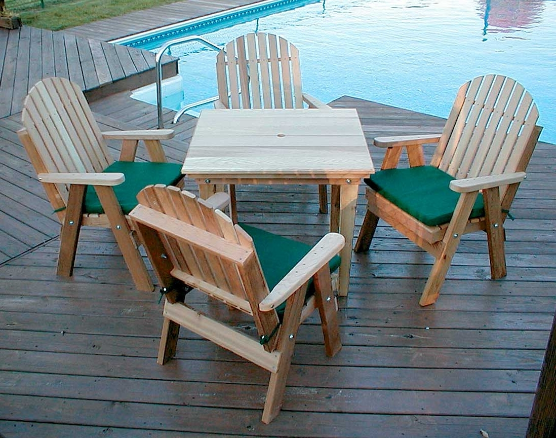 Red Cedar Fanback Patio Dining Set In Well Known Green Cedar Dining Chairs (View 10 of 20)