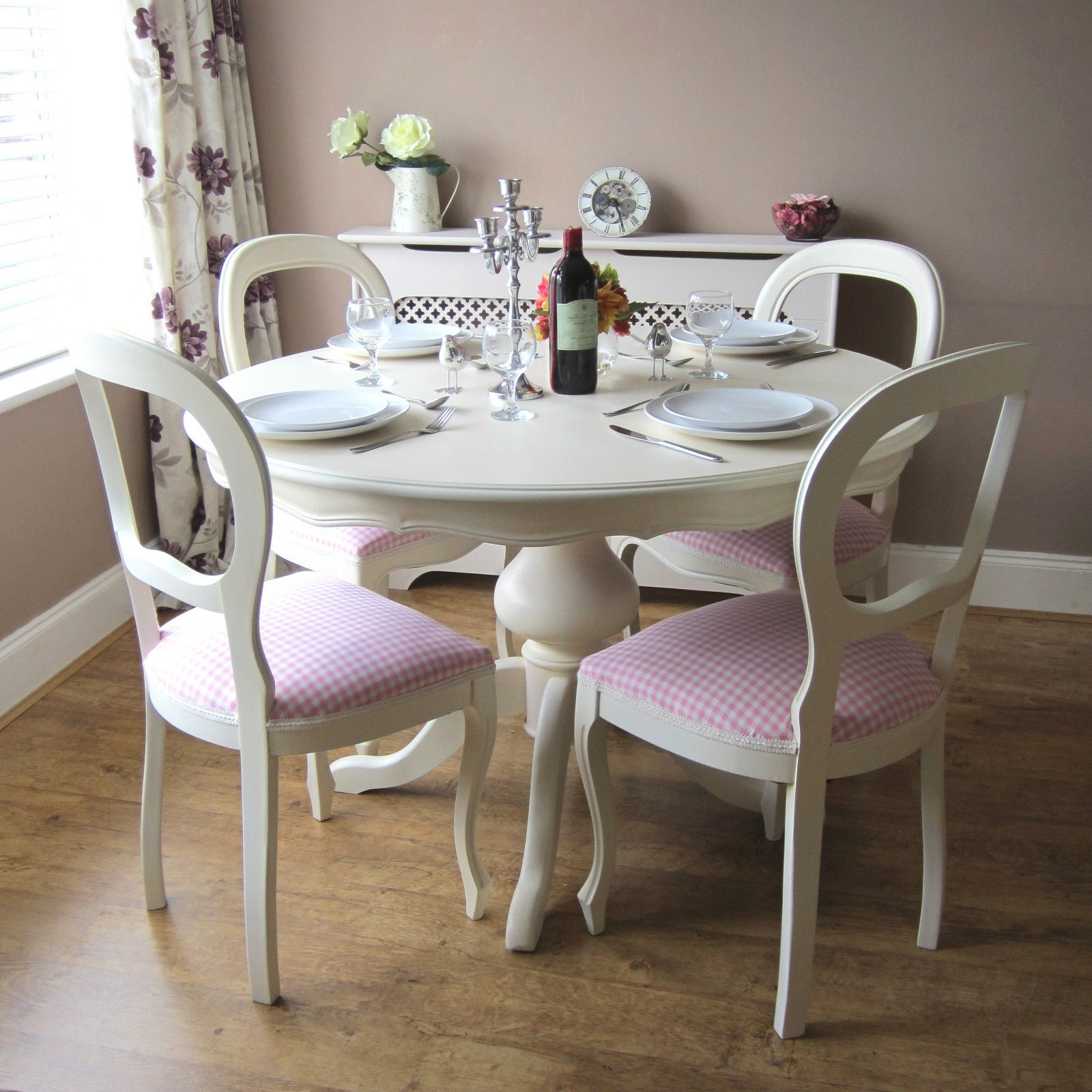 Shabby Chic Table And Chairs (View 20 of 20)