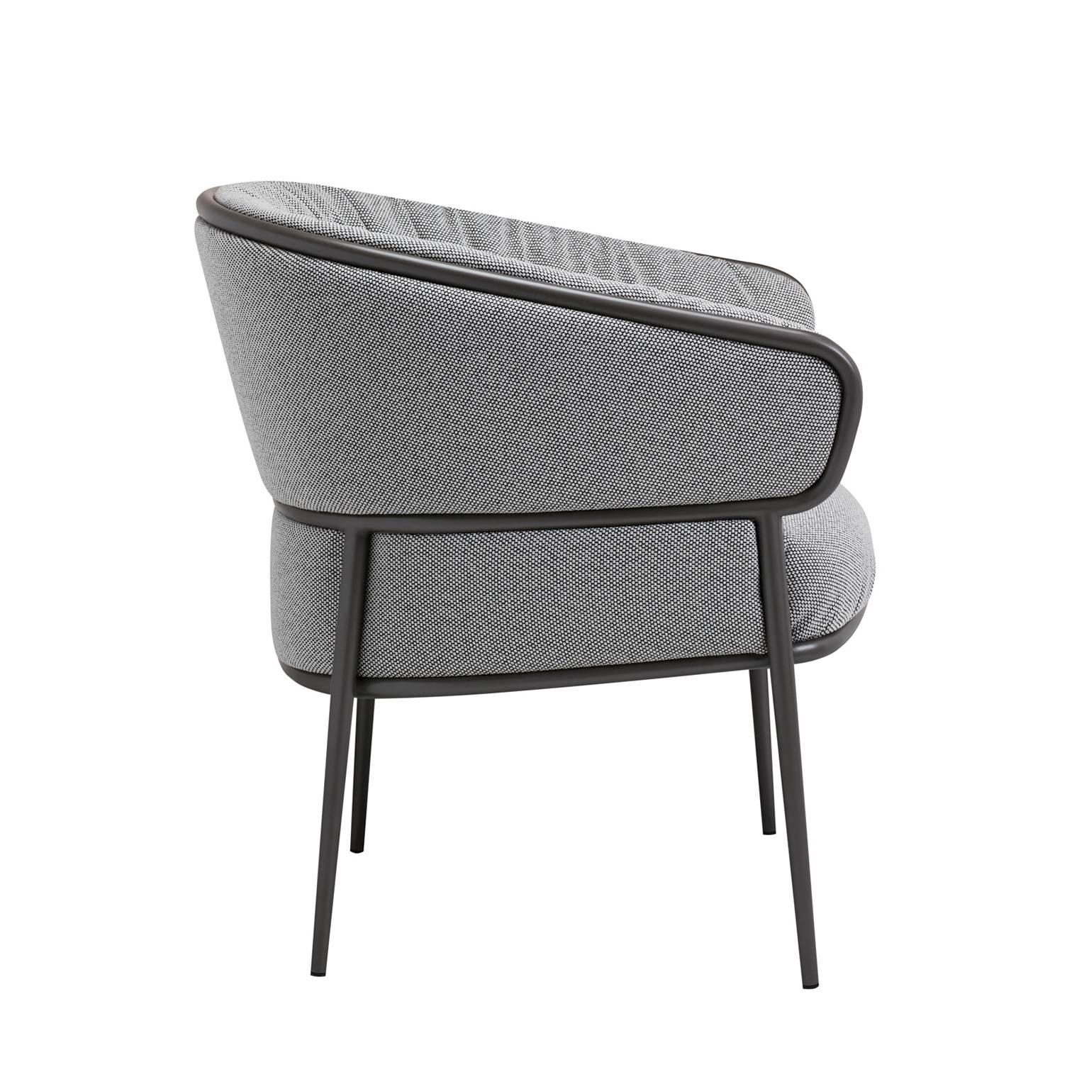 Shu Ying Armchair Upholstered In Leather Or Fabric With Tubular With Fashionable Caira Black Upholstered Arm Chairs (View 17 of 20)