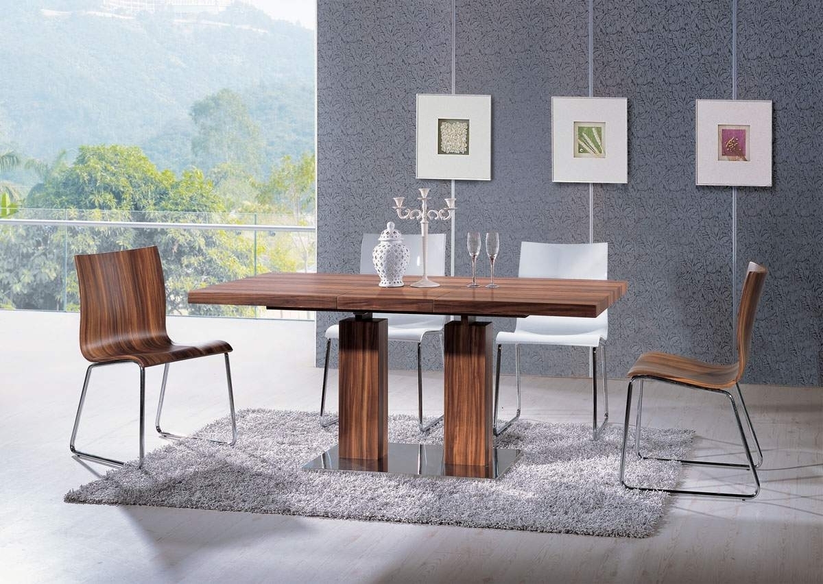 Well Known Extendable Rectangular Wooden Italian 5 Piece Kitchen Set With For Chandler Wood Side Chairs (View 20 of 20)