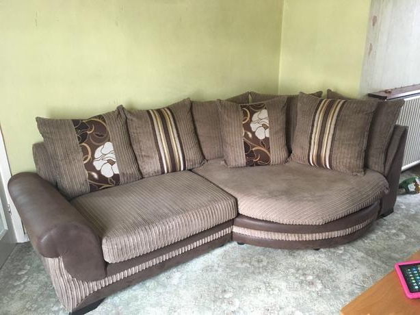 Featured Photo of 3 Seater Sofa And Cuddle Chairs