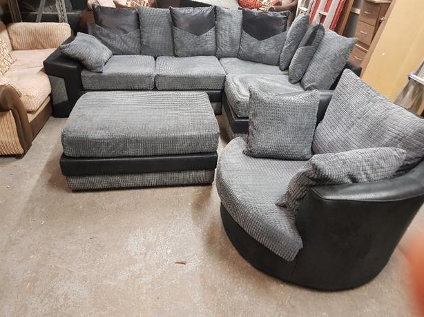 Corner Sofa And Puff And Swivel Chair Coseley, Wolverhampton With 2017 Corner Sofa And Swivel Chairs (View 5 of 20)