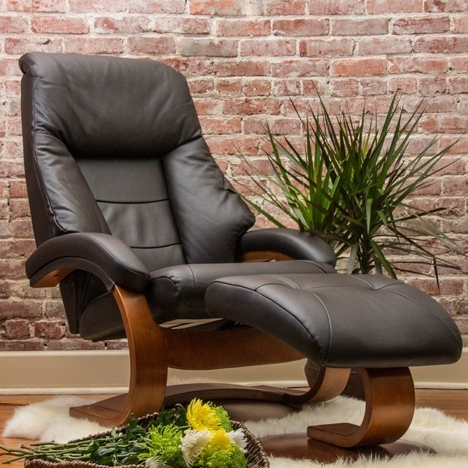 Espresso Leather Swivel Chairs With Latest Oslo Mandal 2 Piece Swivel Recliner Espresso Leather / Walnut Finish (View 4 of 20)