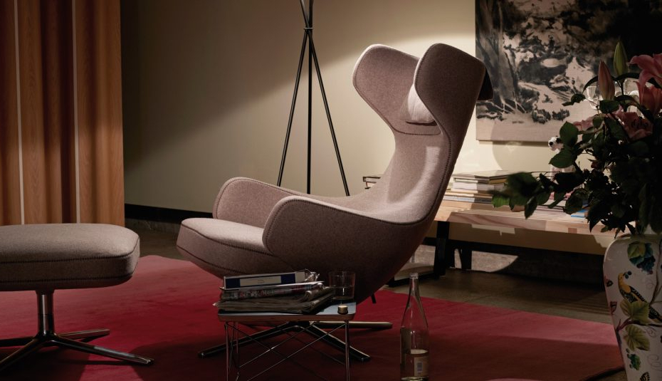 Most Recently Released Setup Glamour Couchless Spaces Quality Reddit Room Ideas Covers High In Aquarius Dark Grey Sofa Chairs (View 3 of 20)