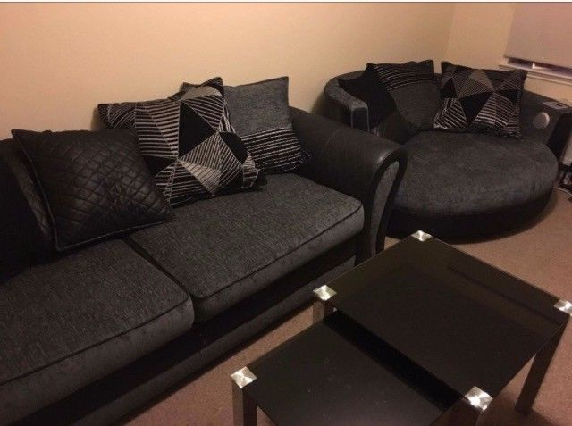 Most Up To Date 3 Seater Sofa And Cuddle Chairs Regarding 4 Seater Dfs Sofa (View 3 of 20)