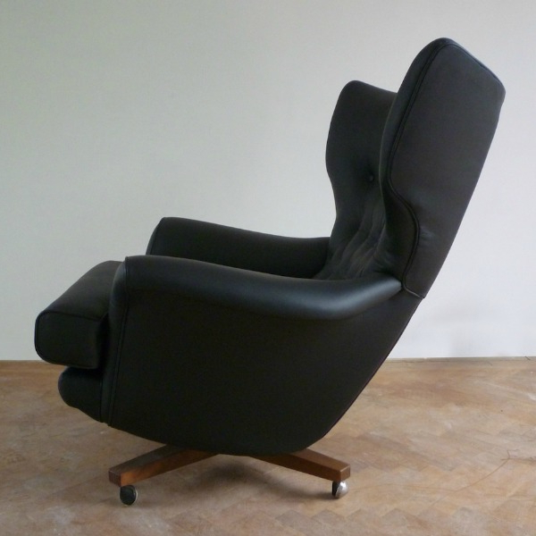 Popular Custom Order For A Pair Of Vintage G Plan 6250 Swivel Chairs With Regard To Leather Black Swivel Chairs (View 16 of 20)