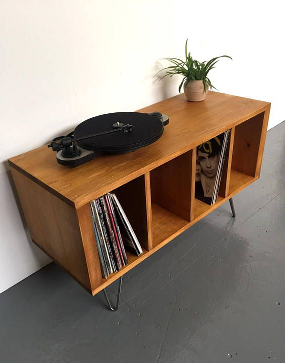 Record Player (Gallery 7 of 20)