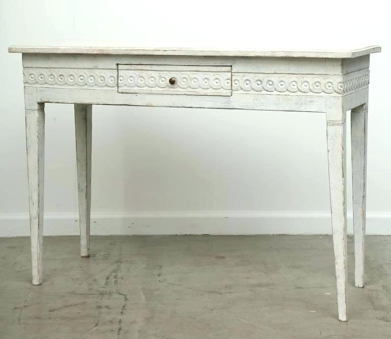 Well Liked Distressed White Console Tables Distressed Sofa Table And White For Antique White Distressed Console Tables (View 17 of 20)
