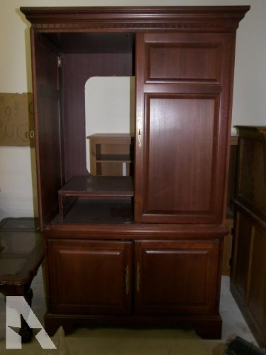 2017 Cherry Tv Armoire Throughout Hooker Cherry Armoire Classifieds – Buy & Sell Hooker Cherry Armoire (Gallery 1 of 20)