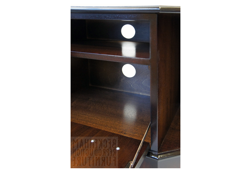 2017 Mahogany Corner Tv Cabinets With Regard To Corner Tv Cabinet (Mahogany Veneer) (View 5 of 20)