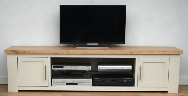 2017 Oak Widescreen Tv Units For Henley Solid Painted Oak Widescreen Tv Hifi Stand Media Unit Kuba (View 1 of 20)