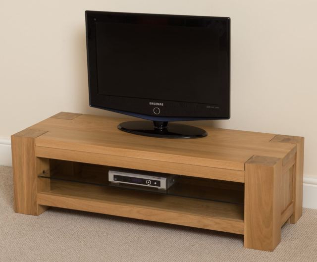 2018 Kuba Solid Oak Wood Glass Small Widescreen Tv Cabinet Unit Living With Widescreen Tv Cabinets (Gallery 8 of 20)