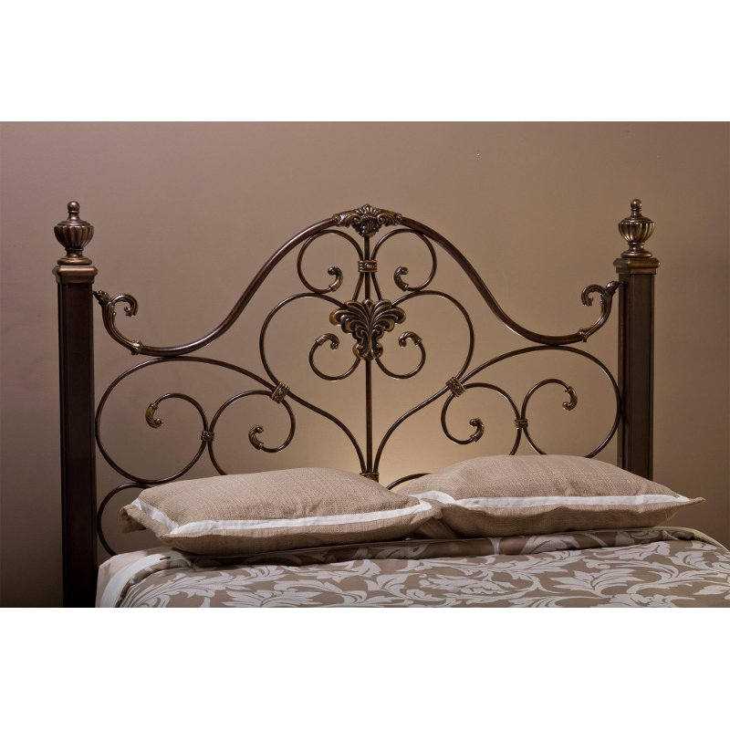 Antique Gold Queen Metal Headboard – Mikelson (View 1 of 20)