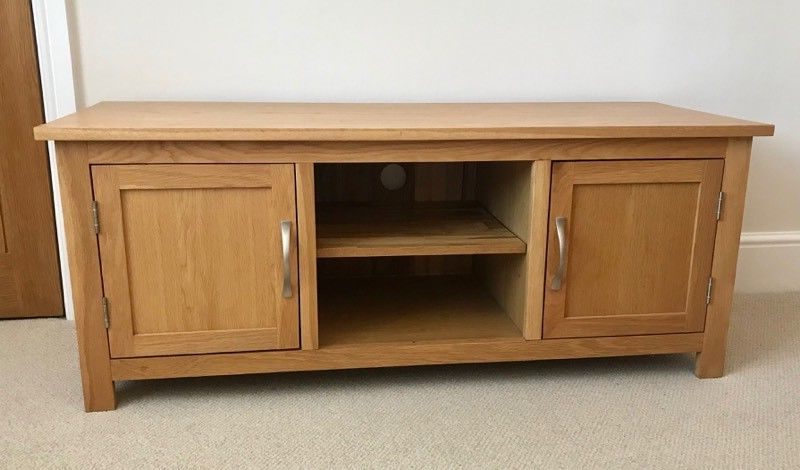 Beautiful Solid Oak Tv Stand With 2 Shelved Cabinets And Brushed With Famous Oak Tv Cabinets (View 6 of 20)