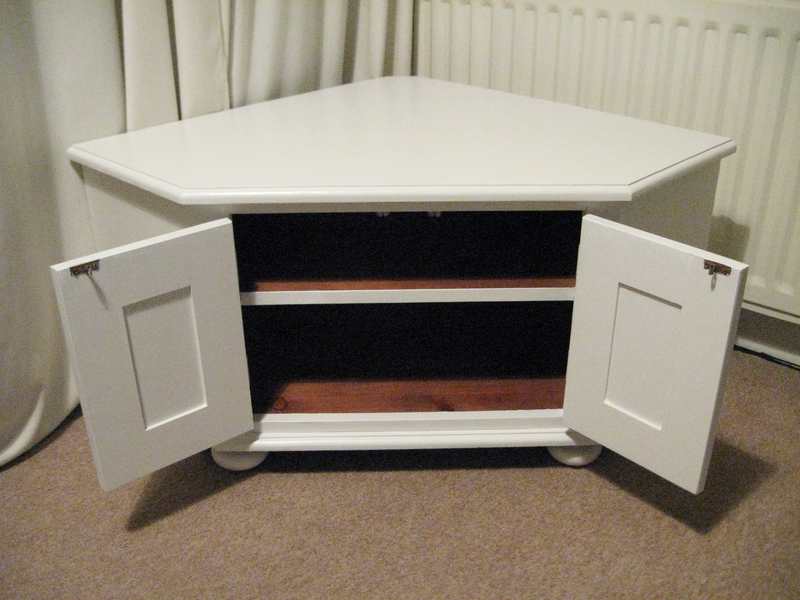 Current Nice Solid Wooden Corner Tv Stand Or Storage Unit In White – Unique In White Corner Tv Cabinets (View 5 of 20)