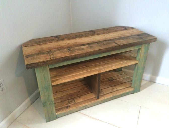 Diy Corner Tv Stand Corner Pallet Stand – Fugee Pertaining To Well Liked Rustic Corner Tv Cabinets (Gallery 15 of 20)