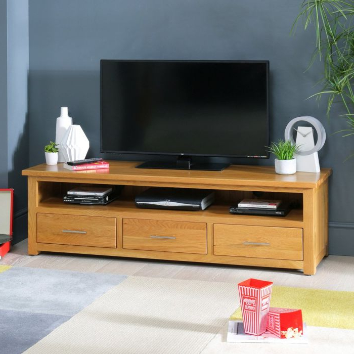 Fashionable Oak Widescreen Tv Units With Regard To London Solid Oak Large Widescreen Tv Unit – To Fit Tv's Up To  (View 5 of 20)