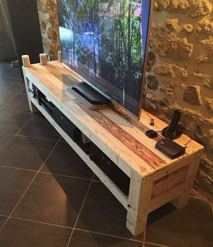 Favorite Recycled Pallet Wood Tv Stand Pallet Ideas Recycled With Recycled Wood Tv Stands (View 18 of 20)