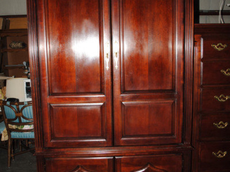 For Sale – Thomasville Cherry Tv Armoire (View 4 of 20)