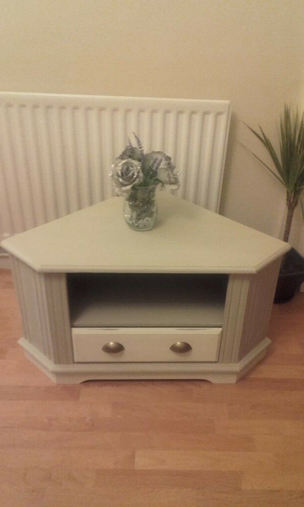 Gumtree Regarding 2017 Shabby Chic Corner Tv Unit (Gallery 13 of 20)