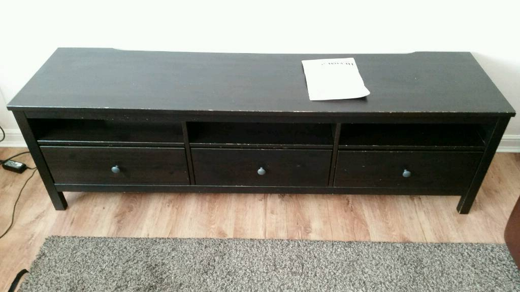 In Paisley With Regard To Current Solid Wood Black Tv Stands (Gallery 19 of 20)