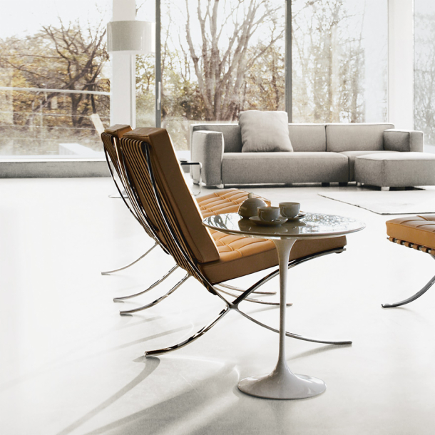 Knoll Throughout Best And Newest Chari Media Center Tables (View 12 of 20)