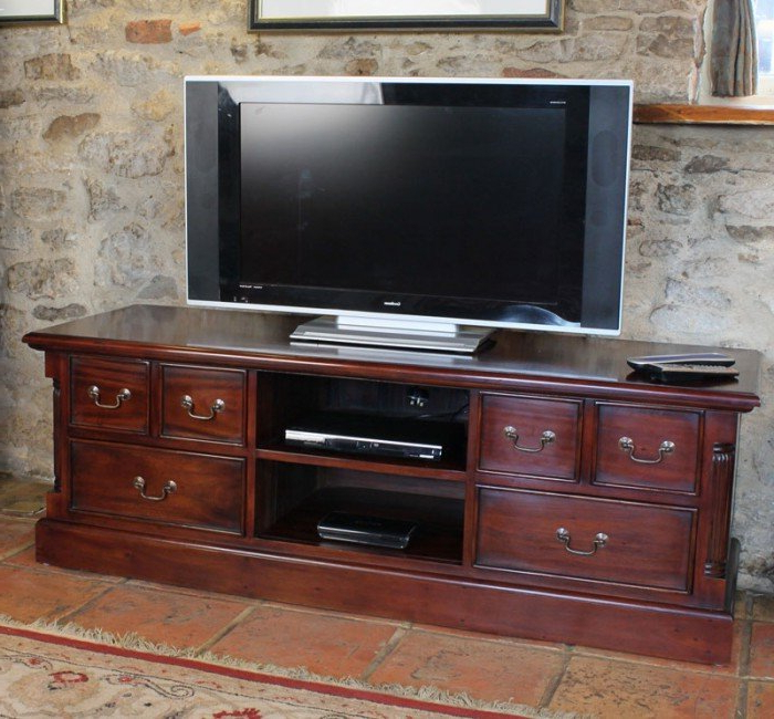 Mahogany Tv Stands Pertaining To Recent Baumhaus La Roque Mahogany Tv Cabinet (Imr09A) (View 11 of 20)