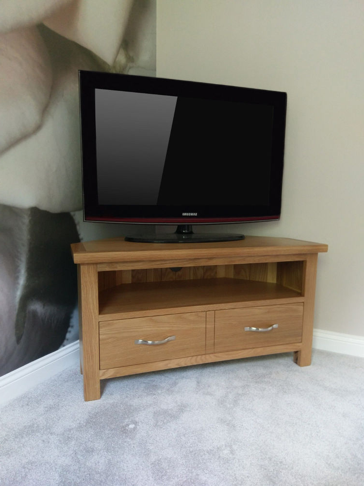 Most Current Regal Light Oak Corner Tv Unit / Compact Modern Television Stand Throughout Compact Corner Tv Stands (View 15 of 20)