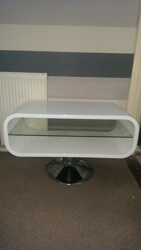 Most Current Techlink Oval White Tv Stand (View 6 of 20)