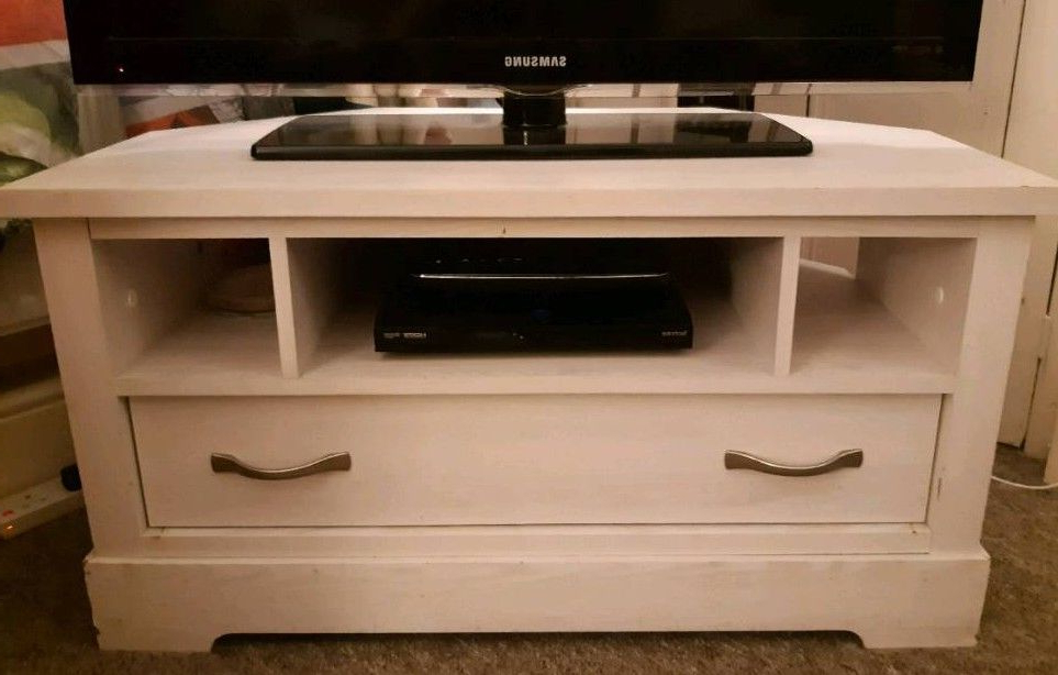 Most Current White Wood Corner Tv Stands In White Wood Effect Corner Tv Unit With Drawer (View 5 of 20)