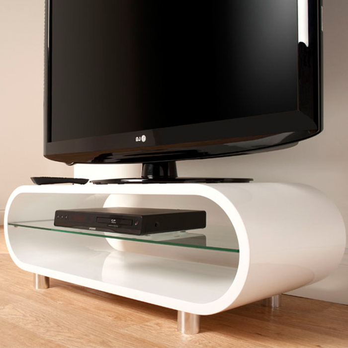Most Popular Ovid White Tv Stands Throughout Techlink Ov95W Ovid High Gloss Retro Tv Stand – Gerald Giles (View 9 of 20)