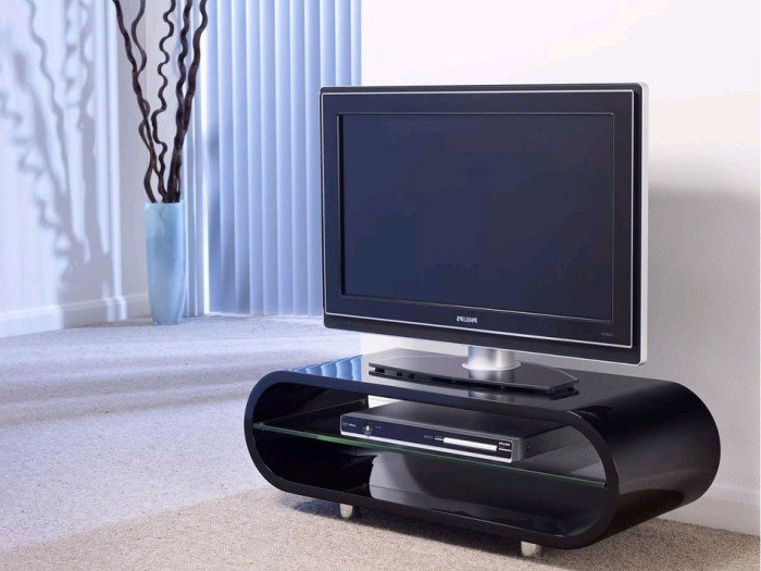 Most Recent Long Black Tv Stands Within Techlink Ovid Ov95B Gloss Black Tv Stand (406012) (View 13 of 20)